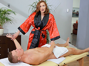 My Sex Adventure with a Hot Massage Salon Girl